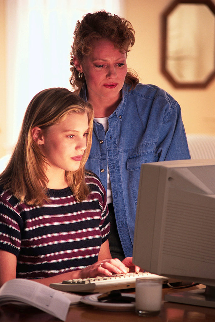 teen and computer / Microsoft Publisher image