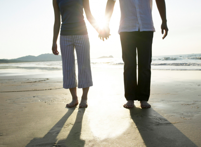 holding hands on beach / image from MicroSoft Publisher